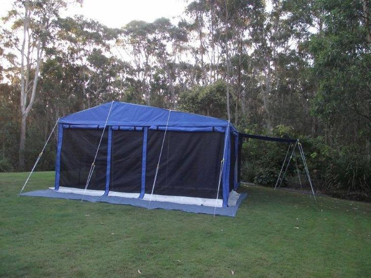 Large easy to erect annex 8' x 15'